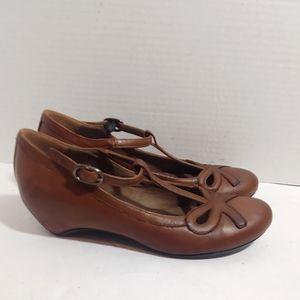 Miz Mooz 'heloise' T strap kitten heels